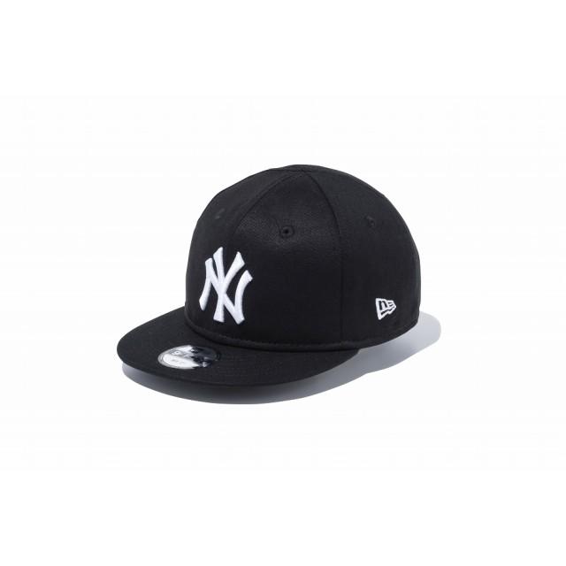 【ニューエラ公式】キッズ My 1st 9FIFTY ニューヨーク・ヤンキース ブラック × ホワイト 男の子 女の子 48.3 - 50.1cm MLB キャップ 帽子 11596306 NEW ERA