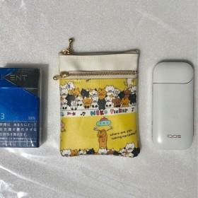「再販」かっわいー クレーンゲームねこ柄ラミネートIQOS(タバコ)(gloグロー)ケース後ろポケット付き2段ファスナーポーチ