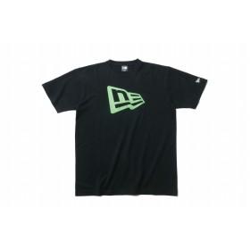 【ニューエラ公式】 コットン Tシャツ フラッグロゴ ブラック × サイバーグリーン メンズ レディース Medium 半袖 Tシャツ 11900239 NEW ERA