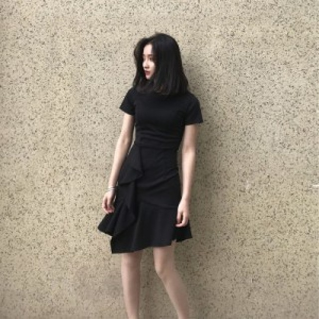フィッシュテールドレス女性の夏の新しい怠惰な風ヘップバーン小さな黒いスカート気質ウエストレトロフリルスカート