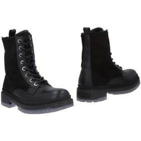 《期間限定セール開催中!》JIMMY CHOO メンズ ショートブーツ ブラック 40 リアルファー / 牛革(カーフ)