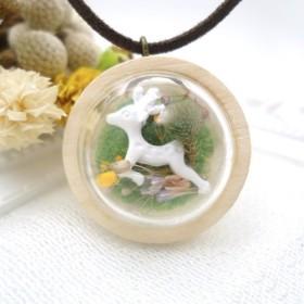 MNII○○鹿春モデル○○乾燥花のガラス玉のネックレス