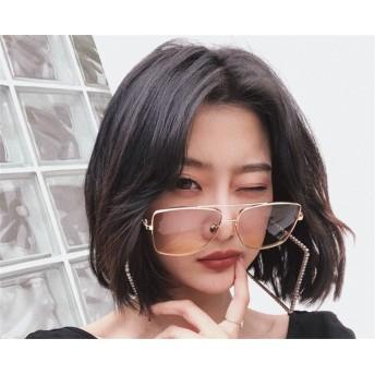 大きめメガネで小顔効果 韓国ファッション 紫外線対策にも ロイドミラーサングラス コーデのポイント★ サングラス 紫外線