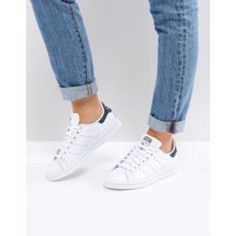 アディダス レディース スニーカー シューズ adidas Originals Stan Smith sneakers in white and navy Running white
