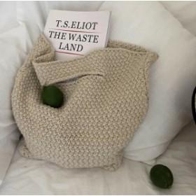くたっと感がかわいいナチュラル編みトートバッグ
