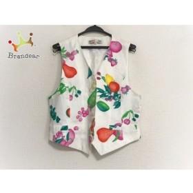 レオナール ベスト サイズM レディース 美品 白×ピンク×マルチ フルーツ/ネーム刺繍/SPORT   スペシャル特価 20190808