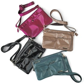 ベルーナ たっぷり7ポケットポシェットバッグ ピンクグレー 1 レディース春 夏 バッグ かばん 鞄 レディース 通販 コーデ 安い おしゃれ お洒落 30代 40代 50代 女性