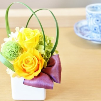 【再販】オレンジと黄色いバラのプリザーブドフラワーアレンジ【送料無料】