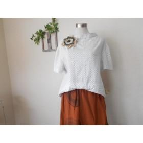 白絣のプルオーバー着物リメイク(蚊帳コサージュ付)