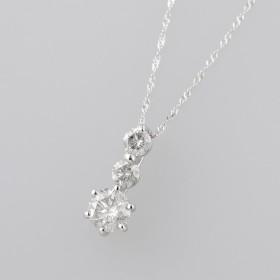 K18WG合計0.7ctダイヤペンダント