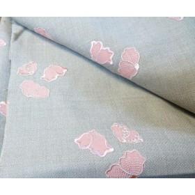 (スイス製)ピンクの花刺繍入りウール生地