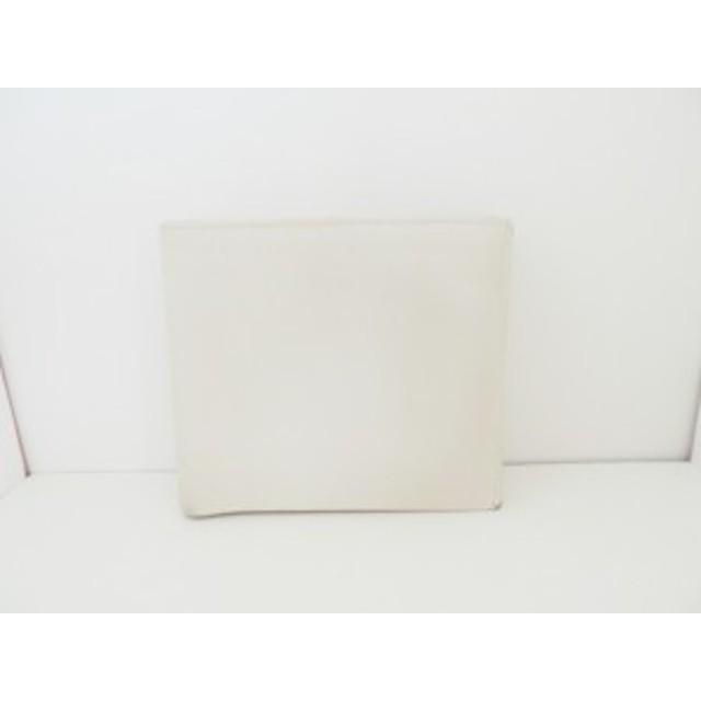 プラダ PRADA 2つ折り財布 レディース - 2M0738 アイボリー レザー【中古】