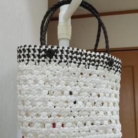 真夏のセールレース編みホワイトカラーバッグ