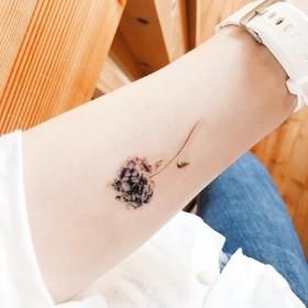 しっとりと美しく咲く紫陽花のタトゥーシール、タトゥーステッカー