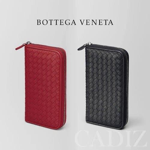 歐洲正品 BOTTEGA VENETA BV 女性經典紅黑編織羊皮拉鍊長夾 114076。人氣店家Cadiz代購精品的Bottega Veneta有最棒的商品。快到日本NO.1的Rakuten樂天市場