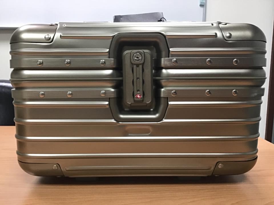 磨砂全铝镁合金化妆箱收纳箱手提箱
