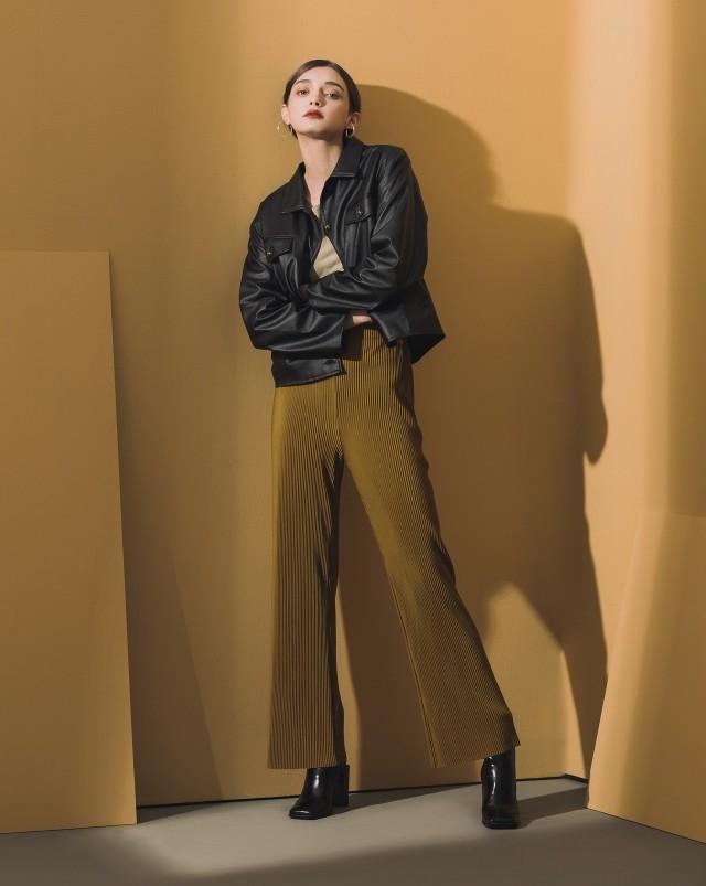 個性帥氣/人造軟皮革好照顧/版型微寬鬆時髦兼具/貼心多口袋設計/質感大釦