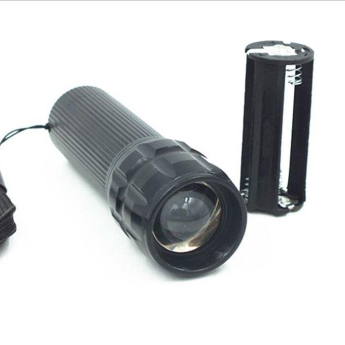 [Hare.D] 三段式LED手電筒 手電筒 LED手電筒 變焦手電筒 強光手電筒 自行車燈 頭燈 腳踏車燈 空姐必備