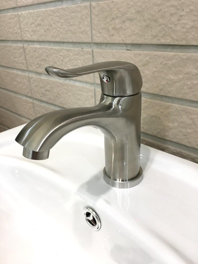 水龍頭 冷熱出水 浴室面盆 洗臉盆 304不銹鋼(砂光)