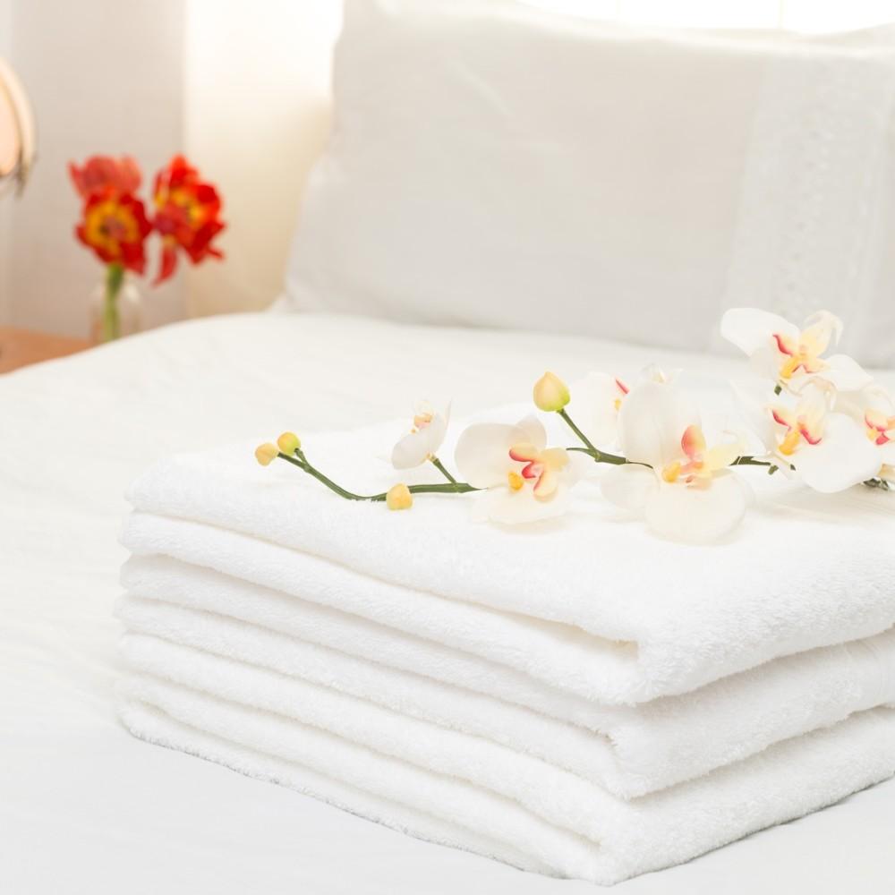 法式寢飾花季純白五星飯店級厚織大浴巾(600g/條)