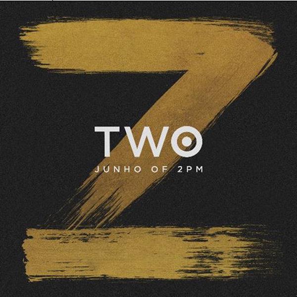 李俊昊 (2PM) - 精選專輯 TWO (1CD+1DVD+照片卡+明信片)