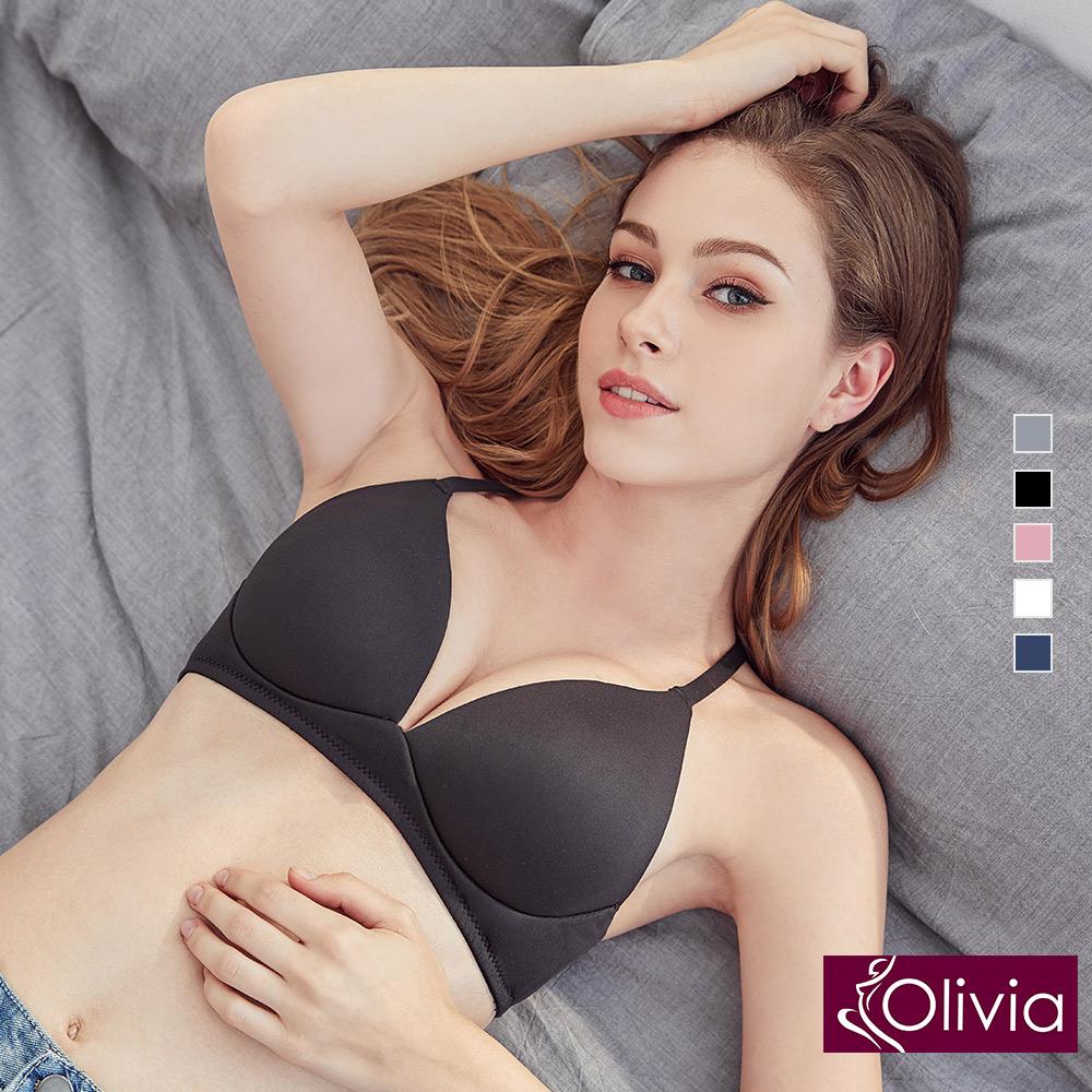 【Olivia】無鋼圈3D輕巧美背三角杯內衣-黑色