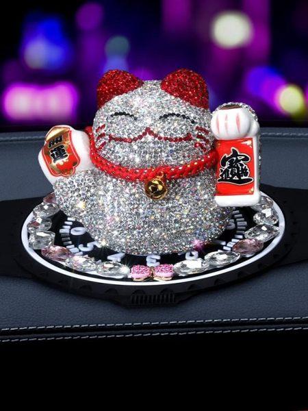 汽車擺件招財貓創意鑲鉆可愛女士車載幸運擺設玩偶車上車內裝飾品 蘑菇街小屋