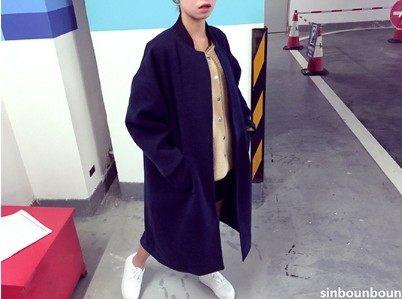 [協貿國際]帥氣深藍色質感棒球呢大衣oversize長外套