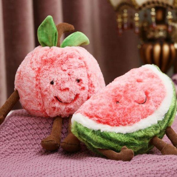 水果抱枕柔軟表情水果蔬菜抱枕櫻桃毛絨玩具西瓜靠枕女生婚慶七夕禮物【快速出貨】