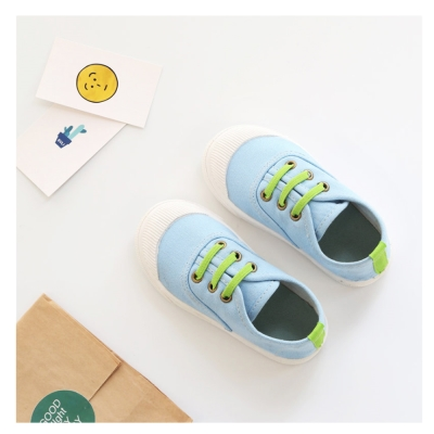 玩弄色彩搭配款四季兒童帆布鞋-天藍