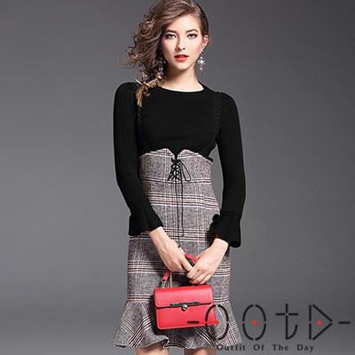 圓領喇叭袖上衣+格紋吊帶裙 兩件套 (黑+格紋)-OOTD