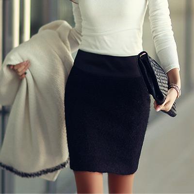 N.C21 緞面腰圍毛毛感窄短裙 (共三色)