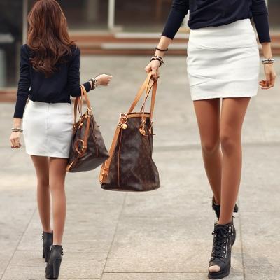 素面線條拼接感OL窄款短裙 (共二色)-N.C21