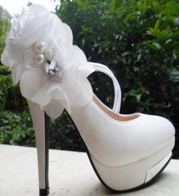 ~☆風尚主人☆ ~【YY622】新款 超高跟鞋 大花朵 防水台 結婚鞋 新娘鞋 白色婚紗鞋 特價