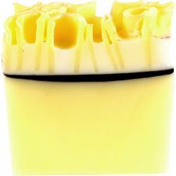 Bomb Cosmetics- Lemon Meringue Soap  檸檬蛋黃酥手工皂 120G