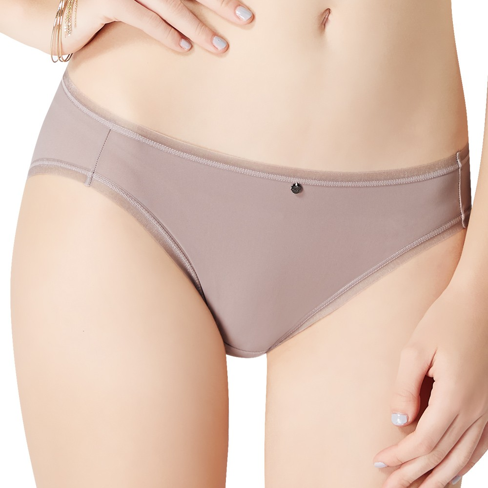 SWEAR 思薇爾 嗨Q Bra系列M-XL素面無痕低腰三角內褲(拿鐵褐)