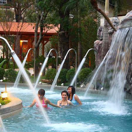 ◆平日(週一至週五)適用!! ◆讓您不用出國也可一遊峇里島!! ◆當日不限時數使用大眾湯