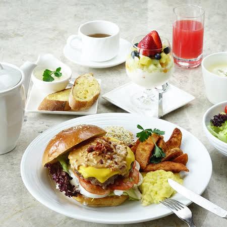 香格里拉台南遠東國際大飯店《大廳茶軒》-早午餐/平日英式下午茶券 伴隨著悠揚的現場演奏,盡情品嚐營養早午餐開啟美好的一天,或是來一場充滿優雅品味的英式下午茶,細膩品味 ●美味異國風味早午餐,獨特的層次