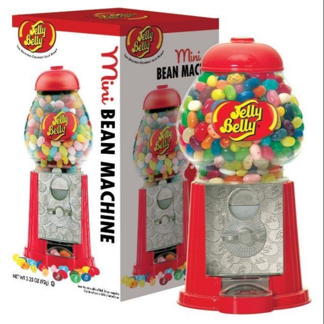 製作過程中無任何的化學添加劑,均為植物製劑。顆粒嬌小,色彩鮮豔D每一款口咳都和原味一樣,無論夾心或者糖衣,口味都很純正濃郁。jelly bean 是美國出名的高級糖果,在C Paul l luongo