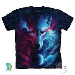 【摩達客】(預購)美國進口The Mountain 光影陰陽狼 純棉環保短袖T恤