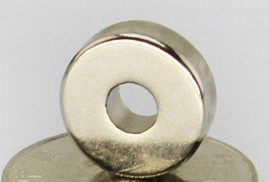 黑手五金 磁吸太厚 超強磁力 圓型 直徑15mm *內孔5mm* 厚度 5mm 釹鐵硼磁鐵 強力磁鐵 圓形帶孔磁鐵