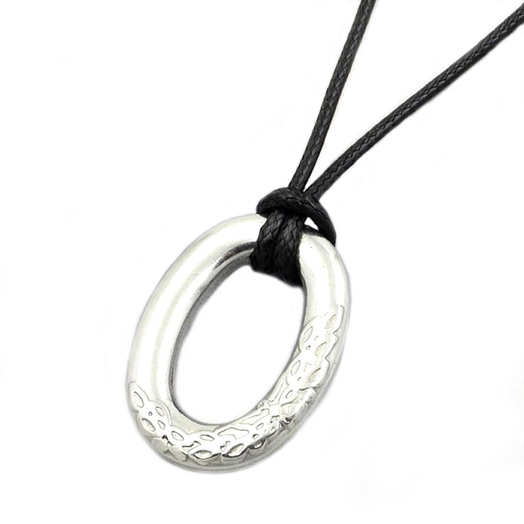 圓環O字花紋 項鍊 鈦鋼 抗過敏 項鏈 簡約中性款 艾豆『D3185』