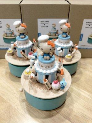 代購商品sanrio hello kitty音樂盒 音樂鈴~木製~廚師版生日蛋糕款