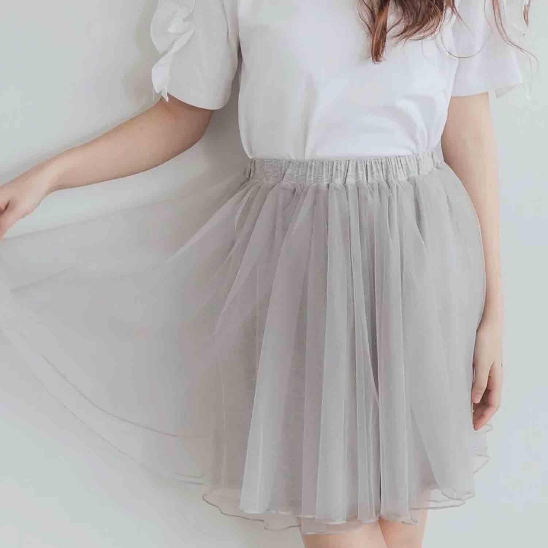 Peachy - 獨家訂製綿柔空氣紗裙-短裙款-溫柔灰 (F)