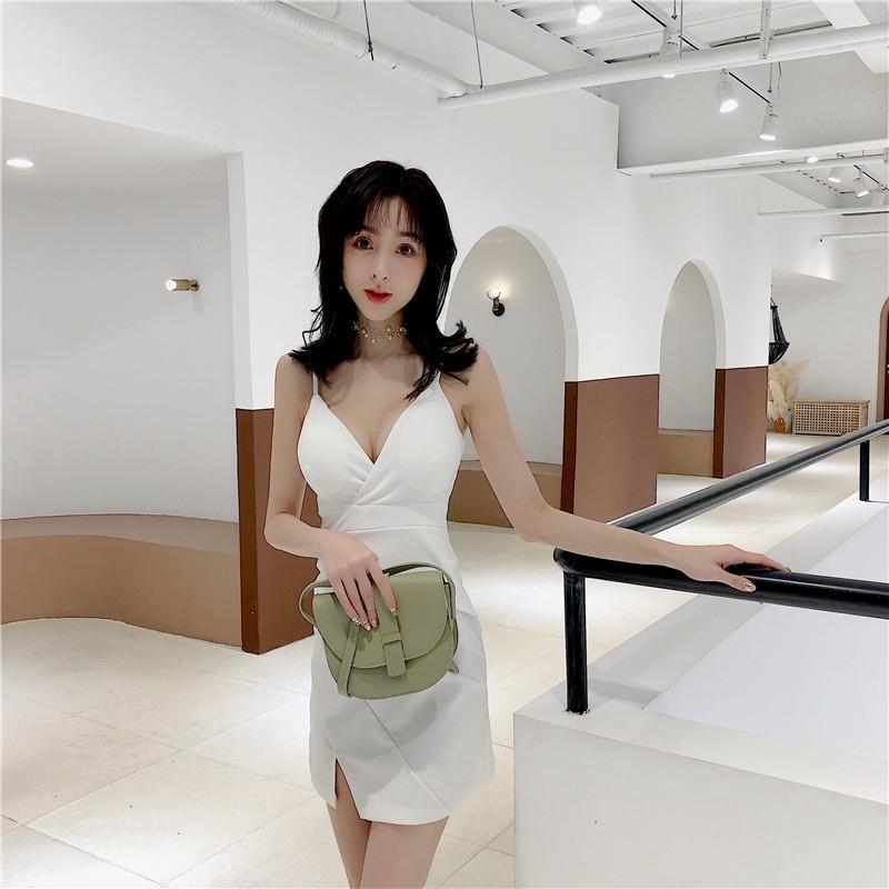韓版時尚夜店低胸性感彈力小可愛開叉露背包臀緊身裙女生無袖洋裝