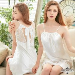 大尺碼Annabery 緞面美背式性感睡衣(甜美白色)