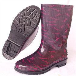 一體成型時尚中筒雨靴/雨鞋(紅絲帶)