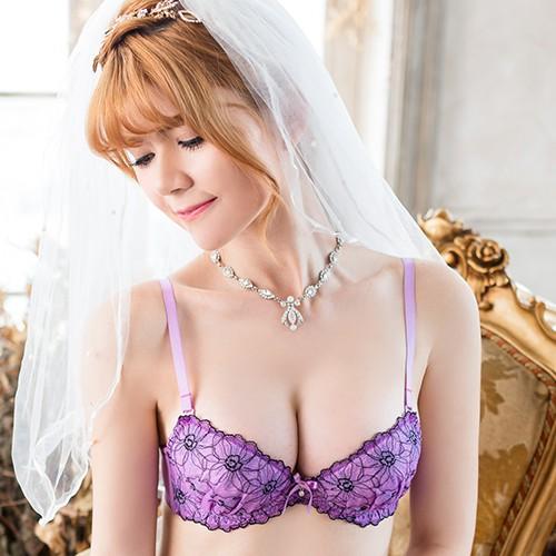 FLORA LOVELY 幻影花 B-F罩杯日本內衣成套( 紫)