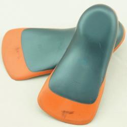 (預購)【JHS杰恆社】壹對兒童矯正鞋墊矯正足疾兒童矯正半墊矯正扁平足內外八字RAKASO諾喀索口LS49