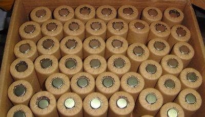 1500MAH電鑽常需要充電嗎?電池可能老化了,SC鎳鎘充電電池 1.2V,電動工具  得偉 百工 百得 米沃奇